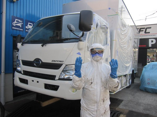 東京電力 電源車 錆止め作業